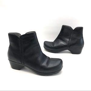 Dansko black leather ankle boots women's size 42